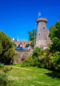 Château depuis le jardin de Retz